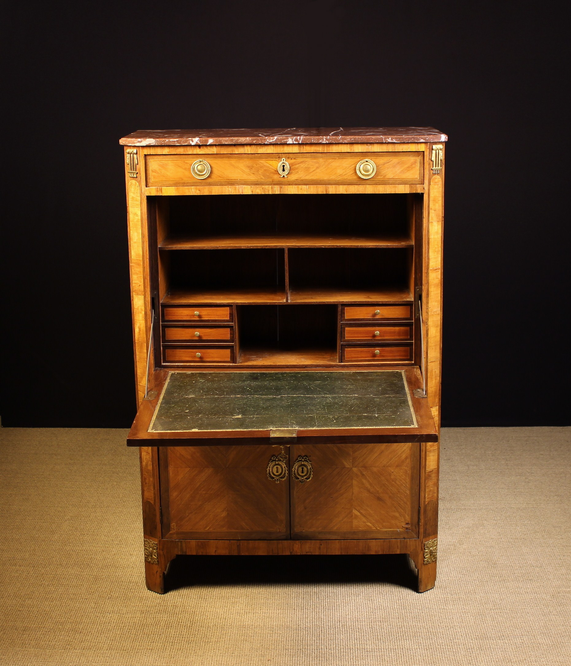 A 19th Century Continental Tulipwood Veneered Escritoire. - Image 4 of 4