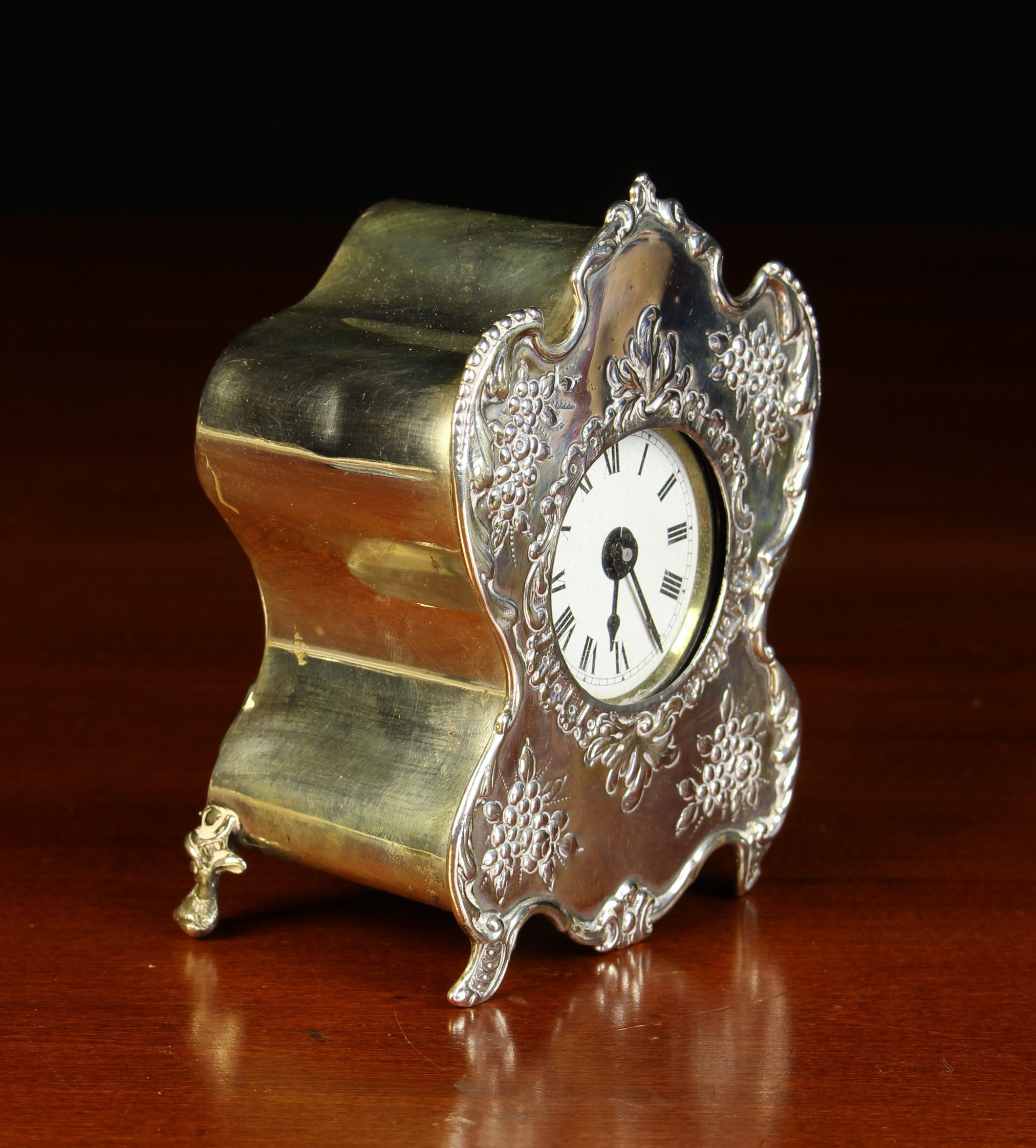 A Small Victorian Silver Cased Boudoir Clock/Watch Holder by William Comyns & Sons, - Image 2 of 5