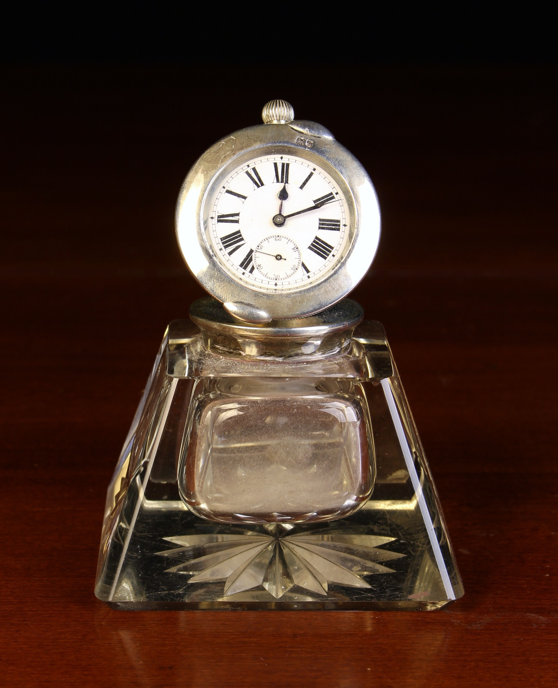 A Handsome Silver Mounted Inkwell/Watch Holder hallmarked London 1907 with Stewart Dawson & Co Ltd - Image 2 of 4