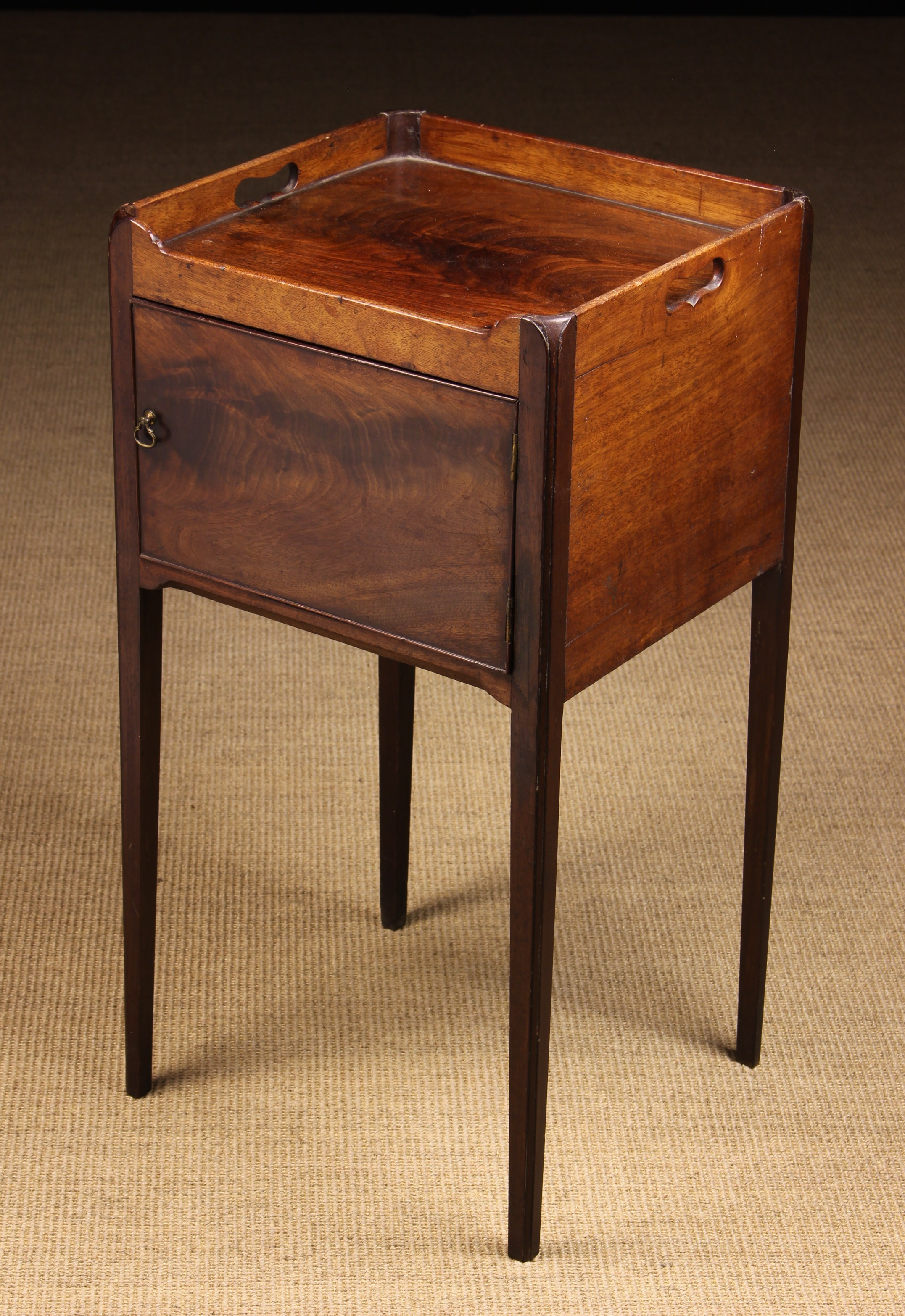 A Sheraton Period Mahogany Tray-topped Bedside Cabinet,
