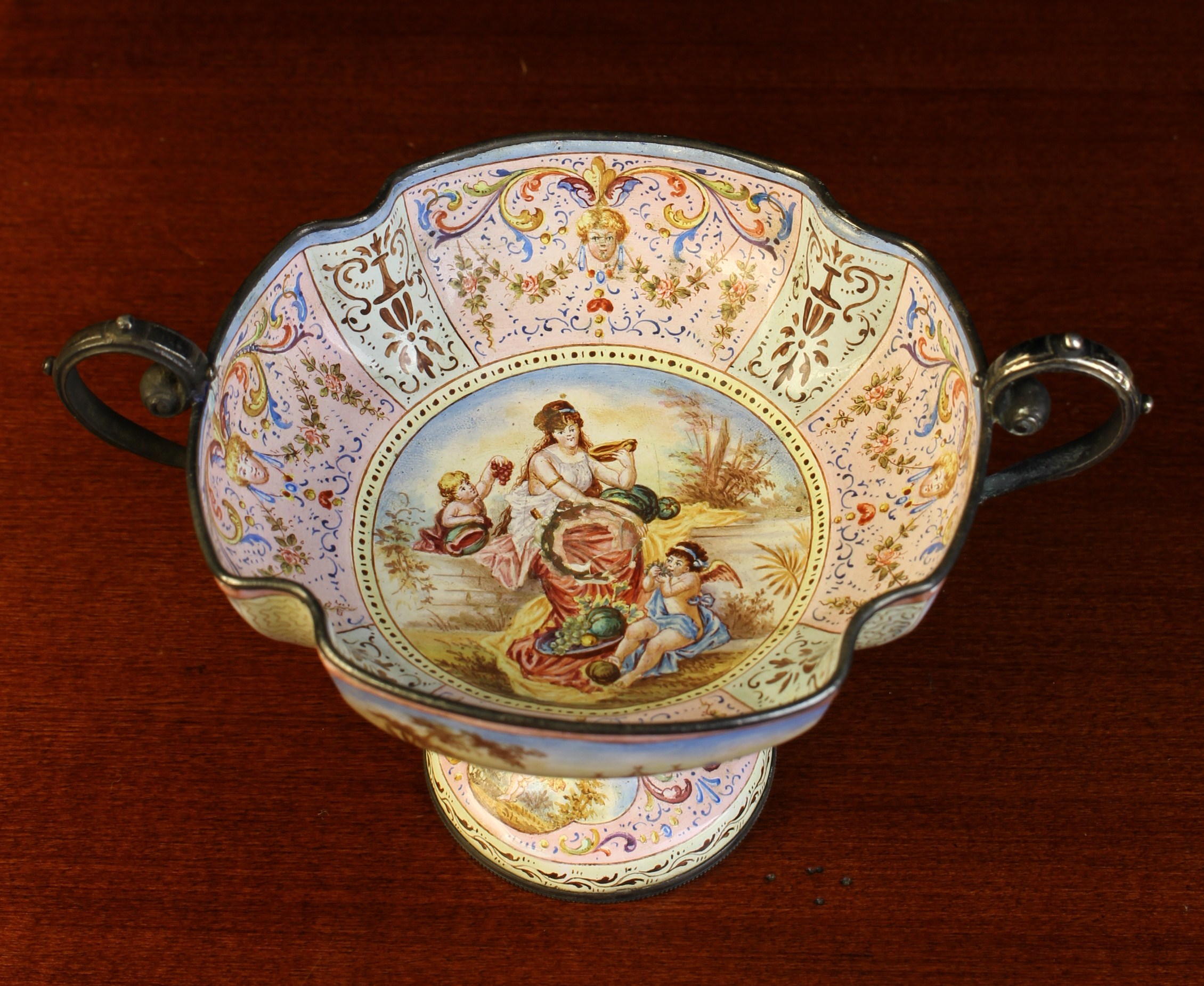 A 19th Century Vienna Enamel Miniature Comport.