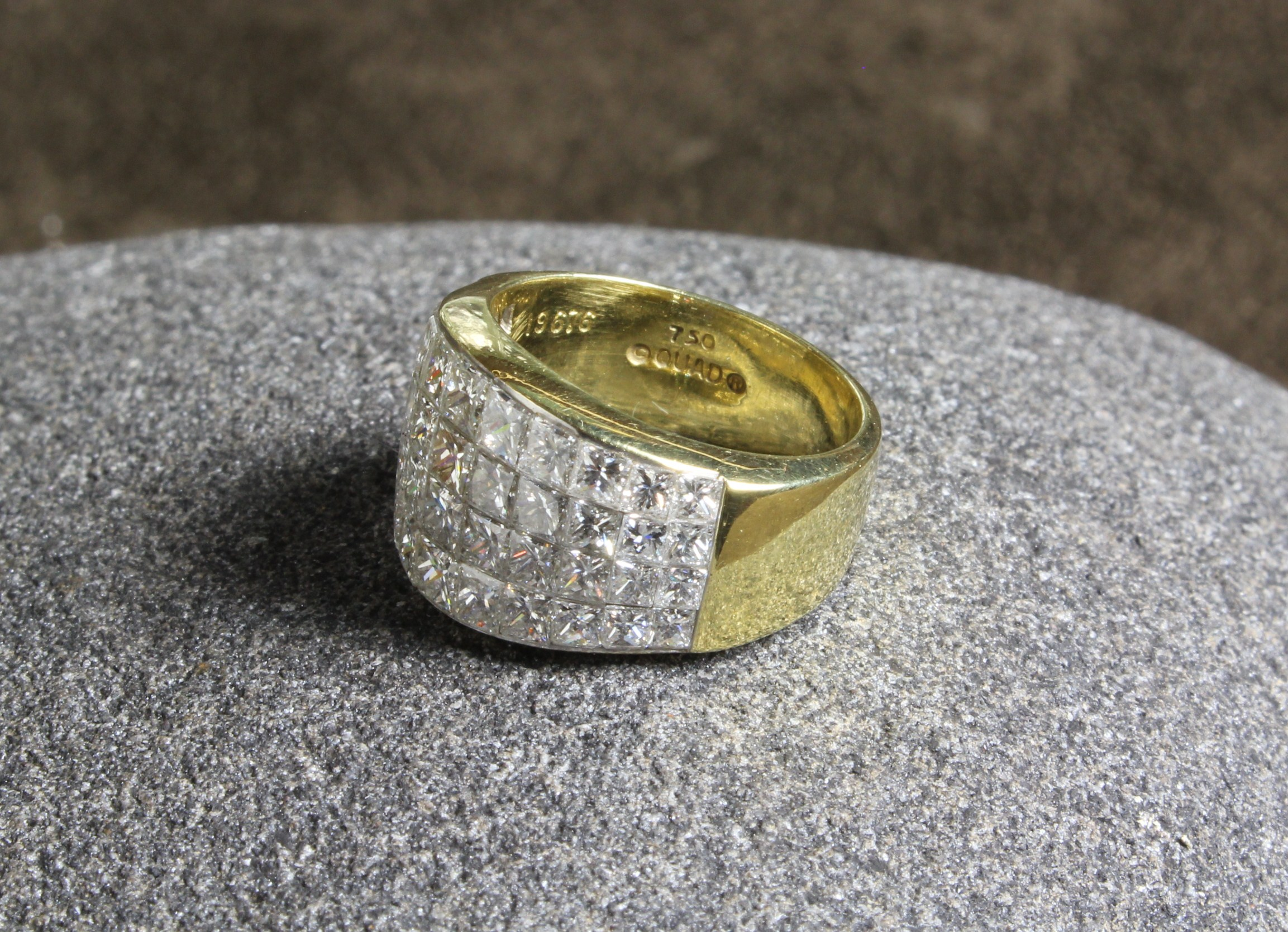 An Impressive Lady's 14ct Yellow Gold Ring, - Image 7 of 7