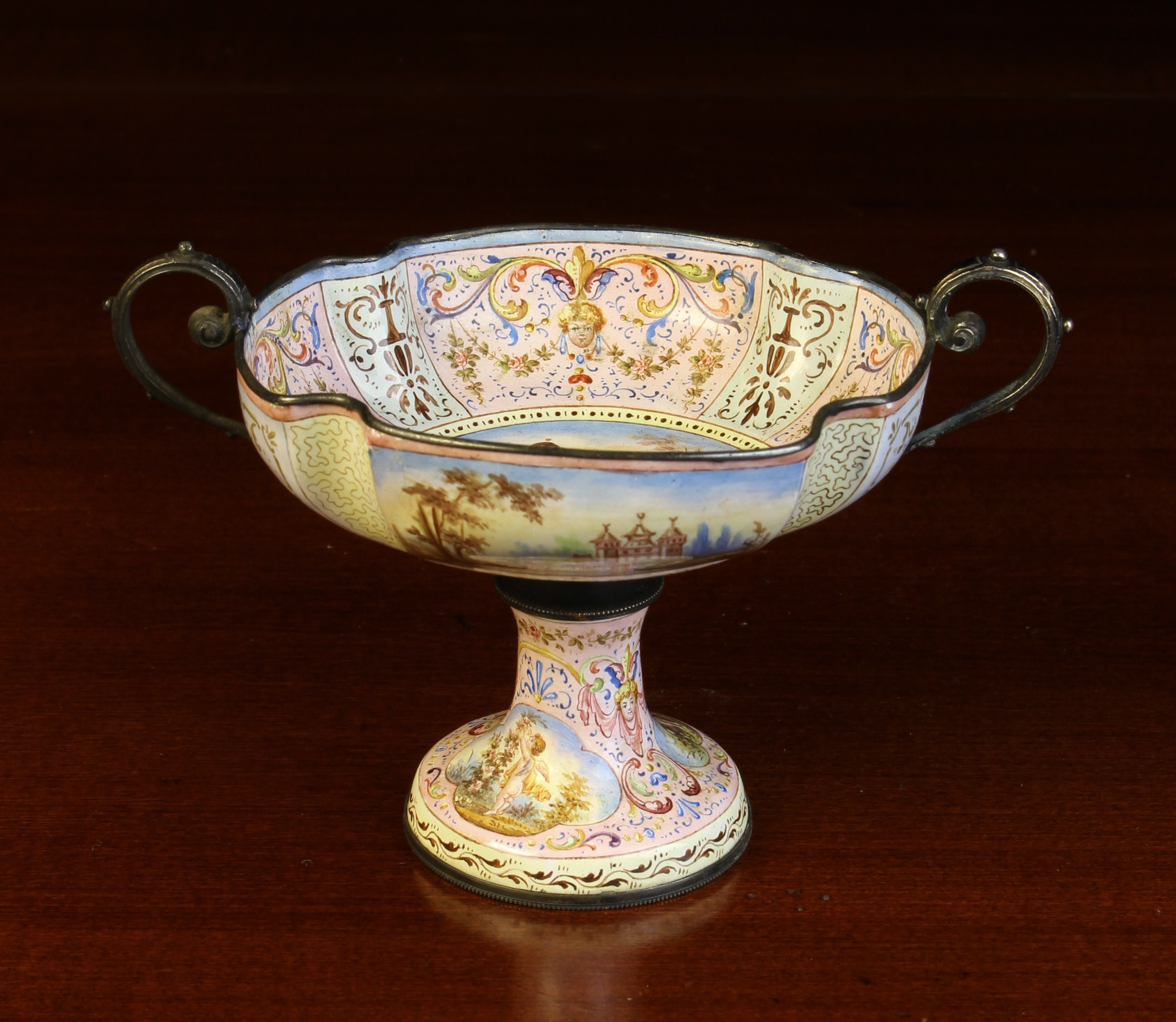 A 19th Century Vienna Enamel Miniature Comport. - Image 2 of 4
