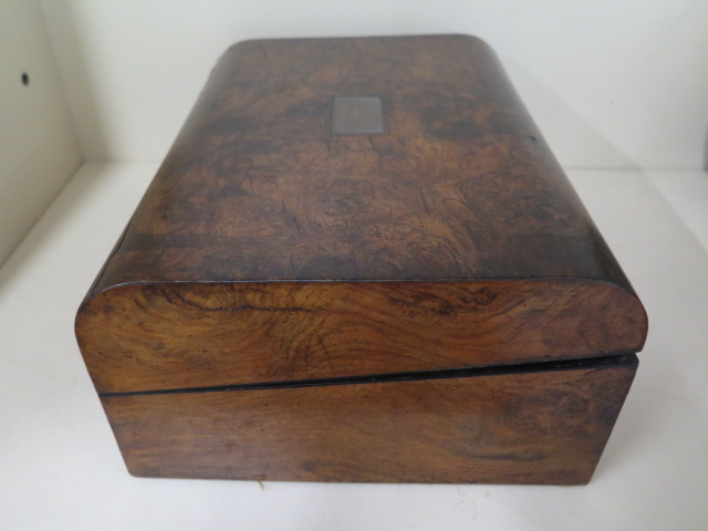 A Victorian walnut writing slope, 30cm wide, reasonably good some wear, no key - Image 5 of 7
