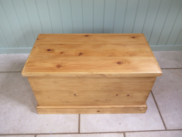 A new pine toy / storage box made by a local craftsman to a high standard, 44cm tall x 80cm x 42cm