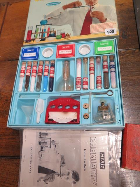 A selection of board and other games and a Chemistry set - Image 6 of 6