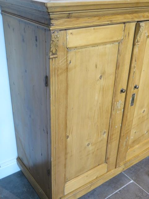 A 19th century pine continental two door cupboard, 130cm tall x 120cm x 59cm ideal kitchen cupboard - Image 3 of 4