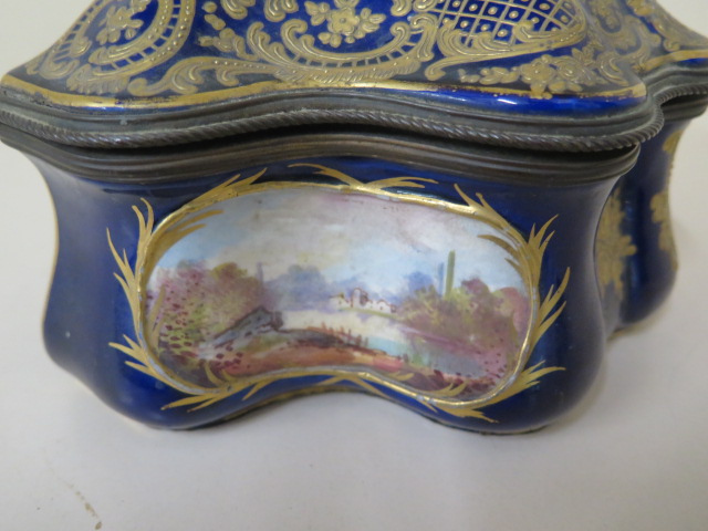 A continental hand decorated shaped porcelain trinket casket with serves style mark, 11cm tall x - Image 3 of 9