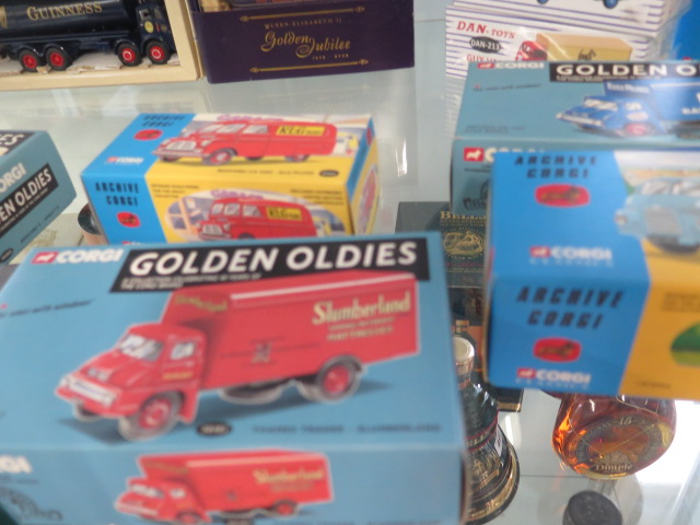A collection of boxed diecast vehicles including Archive Corgi, Dan-toys Solido, 26 in total - Image 6 of 7