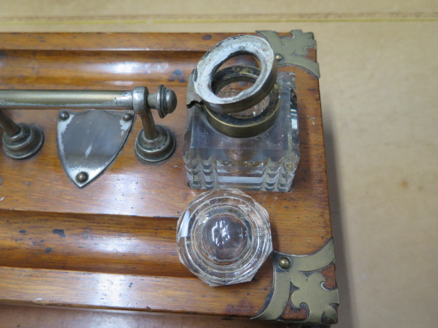 An oak desk stand with two bottles, replacement handle and one loose bottle top otherwise reasonably - Image 3 of 4