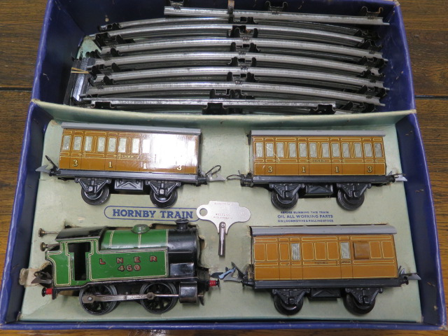 A boxed Hornby 0 gauge number 101 tank passenger clockwork train set, some wear but running with key - Image 2 of 3