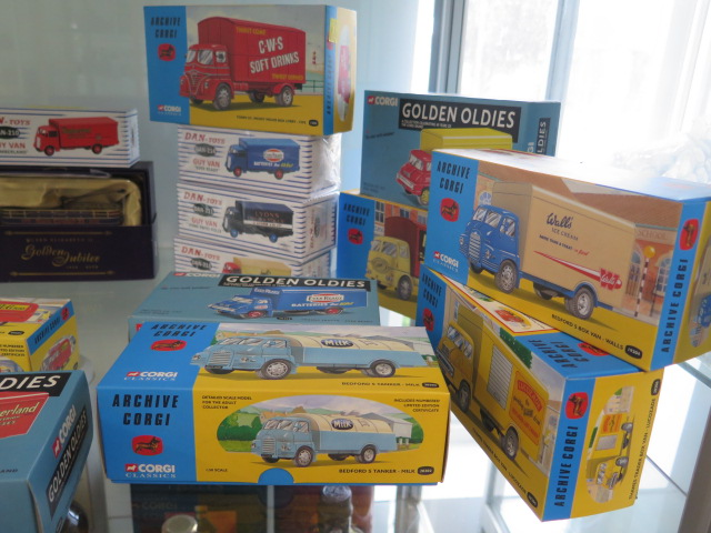 A collection of boxed diecast vehicles including Archive Corgi, Dan-toys Solido, 26 in total - Image 5 of 7