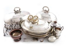 A mixed lot, comprising silver items: an Edwardian inkwell, London 1903, a pair of pierced bonbon