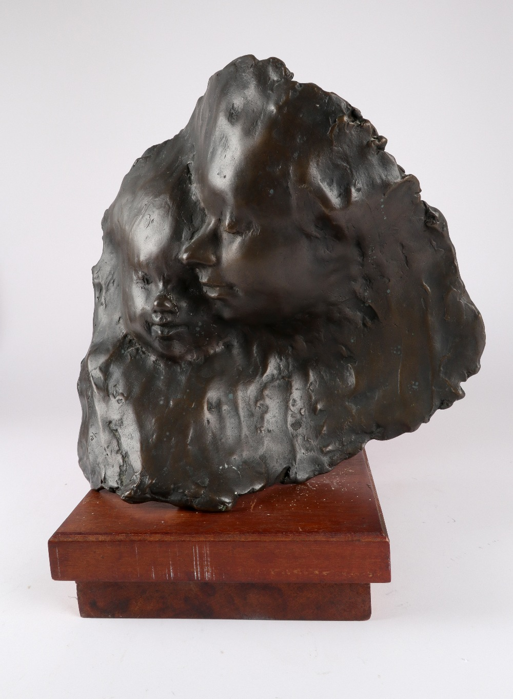 ‡Roy Noakes (1936-2002) Mother and Child Signed, dated and numbered Roy NOAKES 86 1/10 Bronze on a