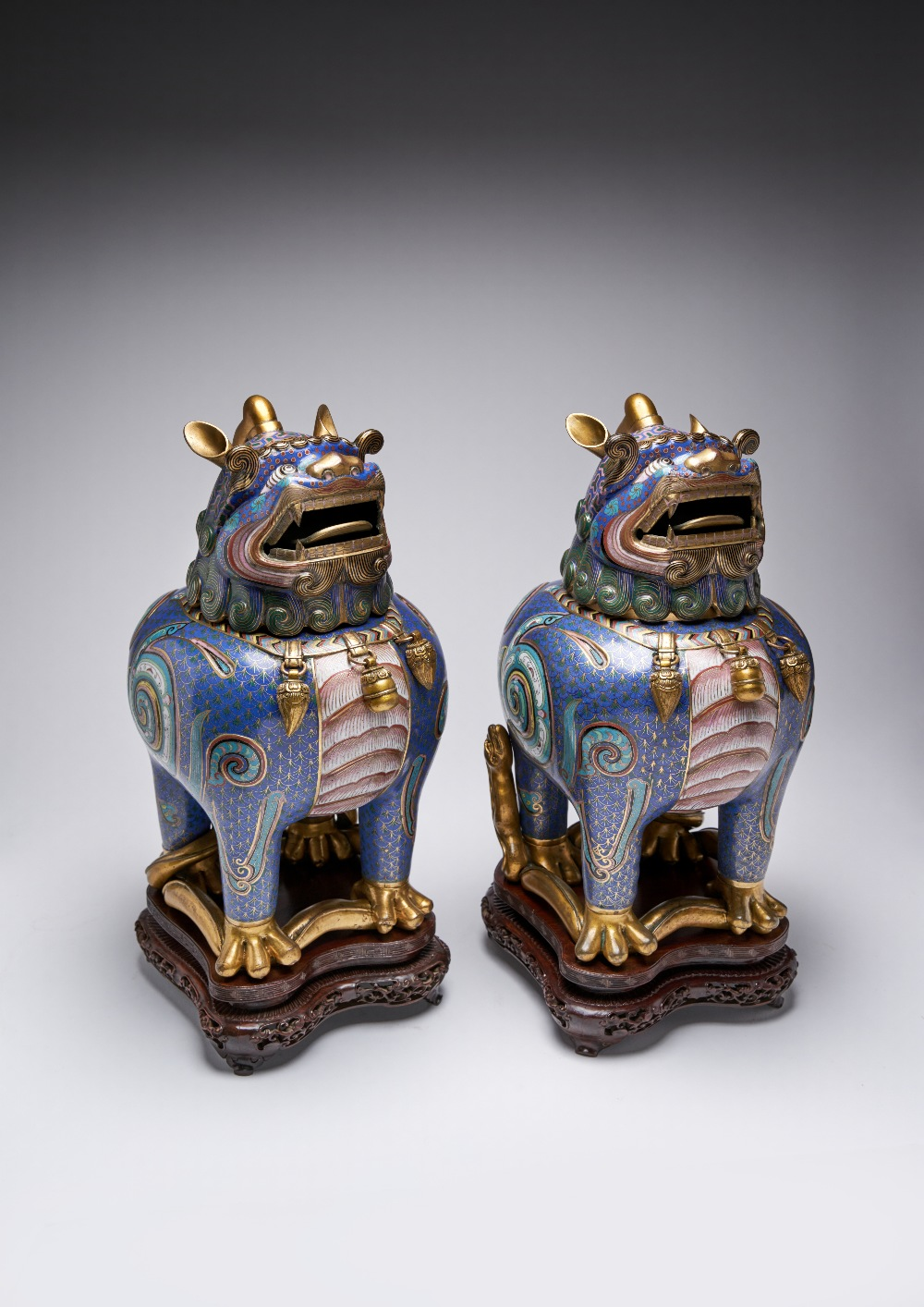 A PAIR OF CHINESE CLOISONNE 'LUDUAN' INCENSE BURNERS AND COVERS 19TH CENTURY Each cast as a