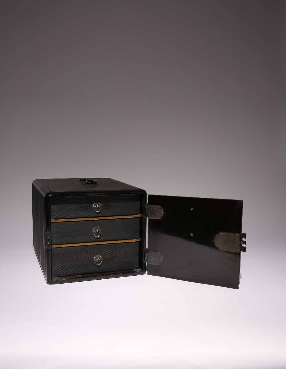 A JAPANESE BLACK LACQUER INRODANSU MEIJI PERIOD, 19TH CENTURY The inro box of typical rectangular