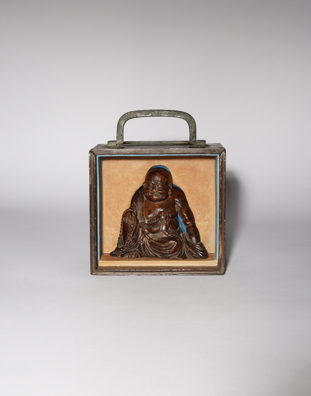 A CHINESE WOOD FIGURE OF A LUOHAN QING DYNASTY Probably aloeswood, the figure sits wearing loose - Image 3 of 3