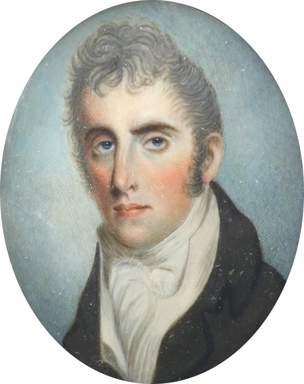 λEnglish School c.1810 Portrait miniature of a gentleman wearing a black coat and cream waistcoat - Image 2 of 3