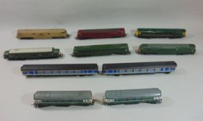 9 Lima Locomotives all unboxed including; D1003 'Western Pioneer', D6700 Class 37 with green livery,
