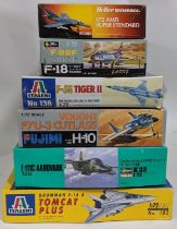 6 model aircraft kits of jet fighters, 1:72 scale, all believed to be complete, including Italaeri