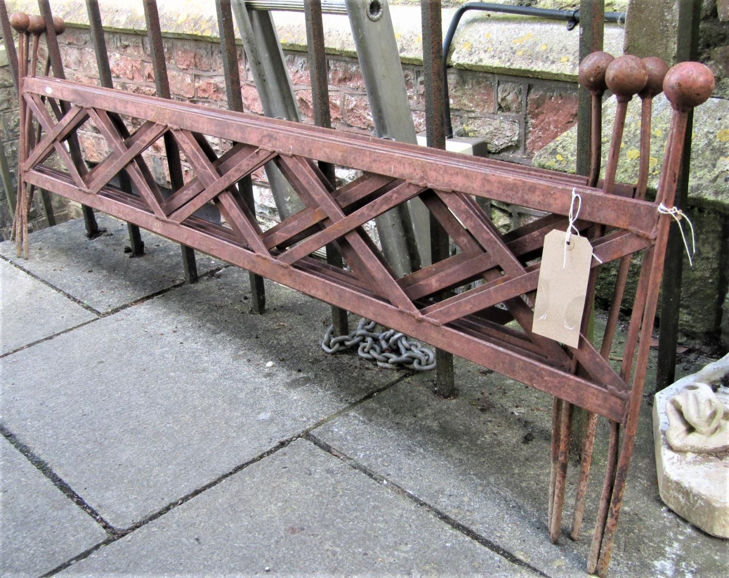 Five 5ft sections of heavy grade steel garden edging with open lattice panels and ball finials, 55cm
