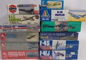 Collection of model aircraft kits (jet planes) all with original packaging, most of them sealed, and