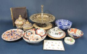 A collection of 19th century and later ceramics including an imari dish, 22cm diameter approx (af)