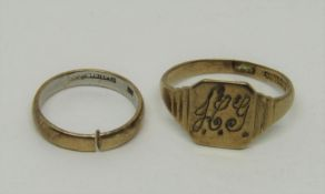 Platinum and 22ct wedding ring, 3.1g (cut) and a 9ct signet ring monogrammed 'H.G.', size Q/R, 2.