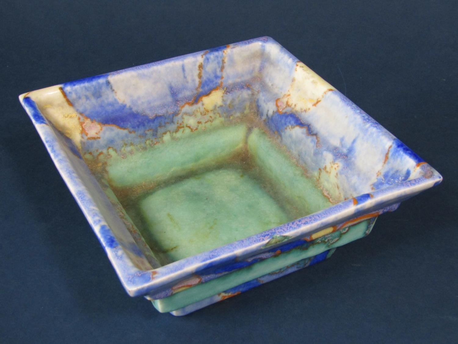 A Clarice Cliff Bizarre bowl of four sided stepped form with mottled turquoise blue and gold - Bild 2 aus 3