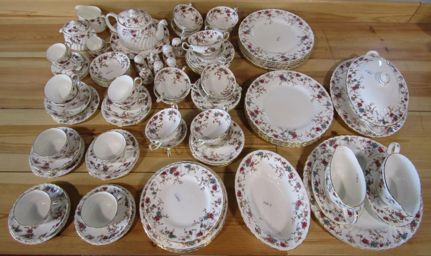 An extensive collection of Minton Ancestral pattern wares including a two handled tureen and - Bild 2 aus 3