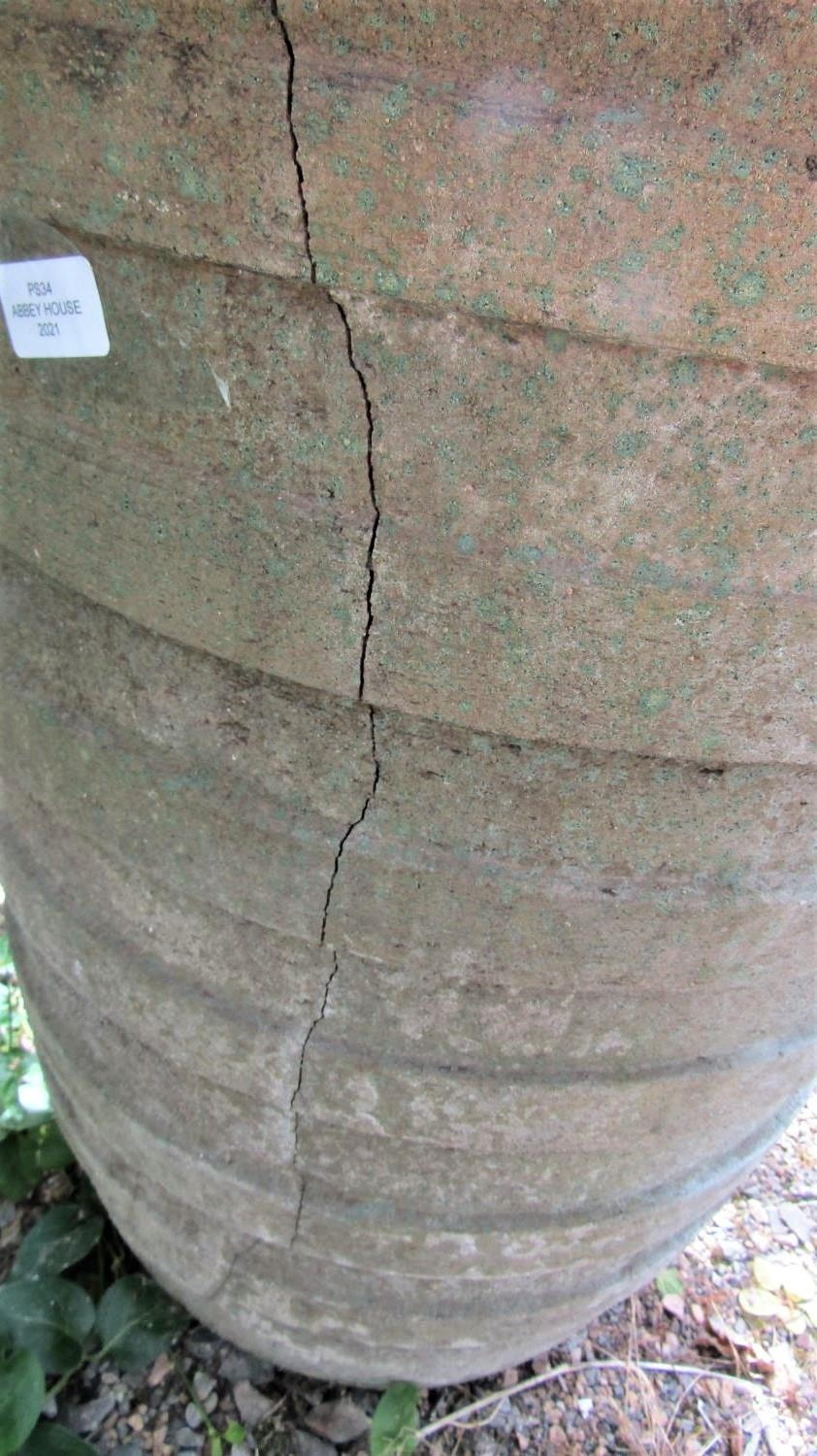 A weathered garden planter of tapering ribbed form (af) 70cm high - Image 3 of 3