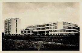 Bauhaus Dessau (o-4500) Neubau Nordostansicht Foto-Karte I-II