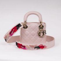 Christian Dior. Lady Dior Bag Rosa.
