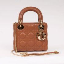 Christian Dior. Lady Dior Bag Braun.