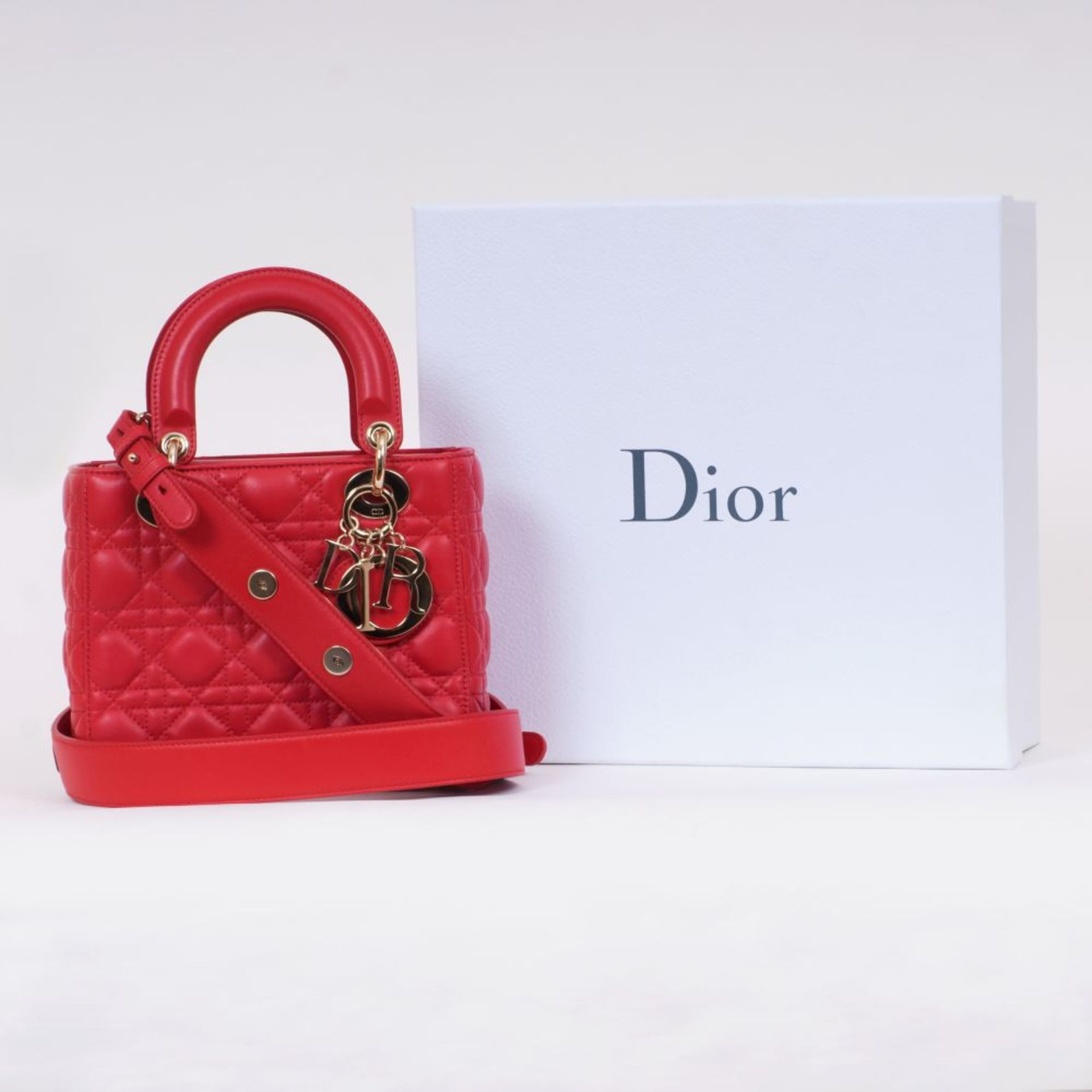 Christian Dior. Lady Dior My ABC Dior Bag Rot. - Image 2 of 2