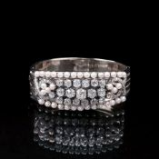 Juwelier Schilling Stuttgart. Hochkarätiger Armreif mit Altschliffdiamanten und Perlen.