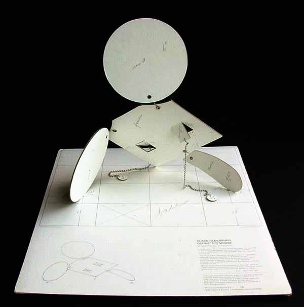 CLAES OLDENBURG - Geometric Mouse - Scale D - Paper and metal multiple - Image 3 of 3