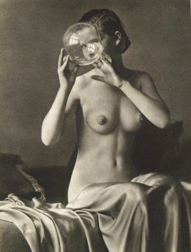 ALOIS ZYCH - Jeune femme nue - Original vintage photogravure