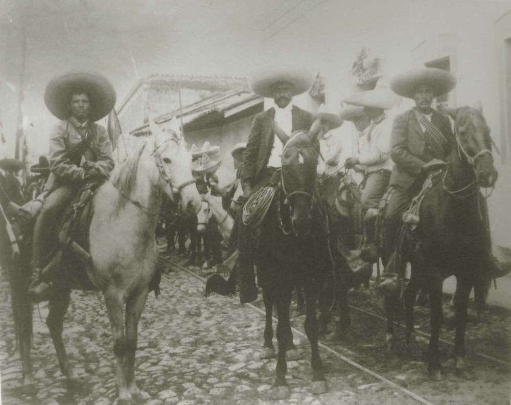 AGUSTIN VICTOR CASASOLA - Emiliano Zapata Tomo Cuernavaca [full view - horizontal] - Gelatin silv...