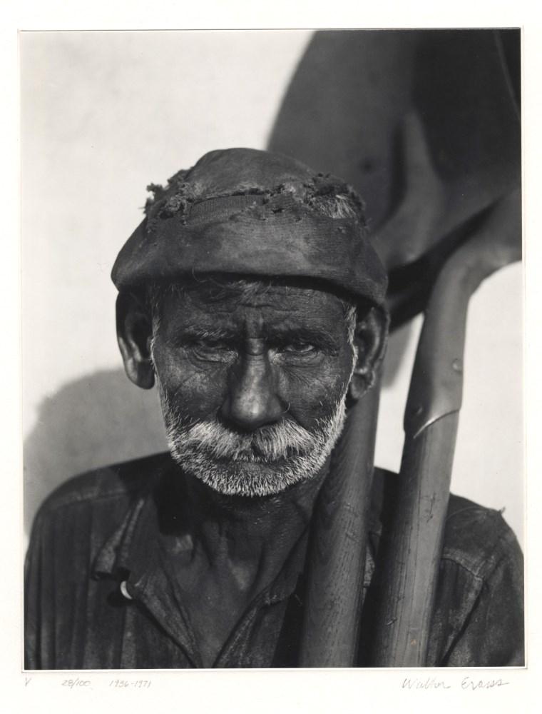 WALKER EVANS - Coal Dock Worker, Havana, Cuba - Gelatin silver print