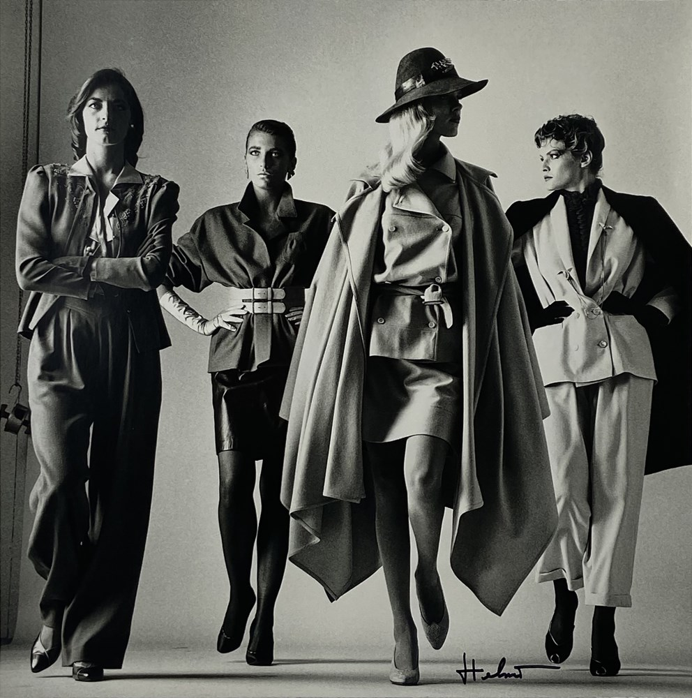 HELMUT NEWTON - Sie Kommen, Dressed/Sie Kommen, Naked - Original photolithographs - Image 2 of 3