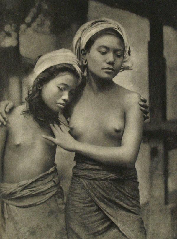 E. O. HOPPE - Balinaises - Original vintage photogravure