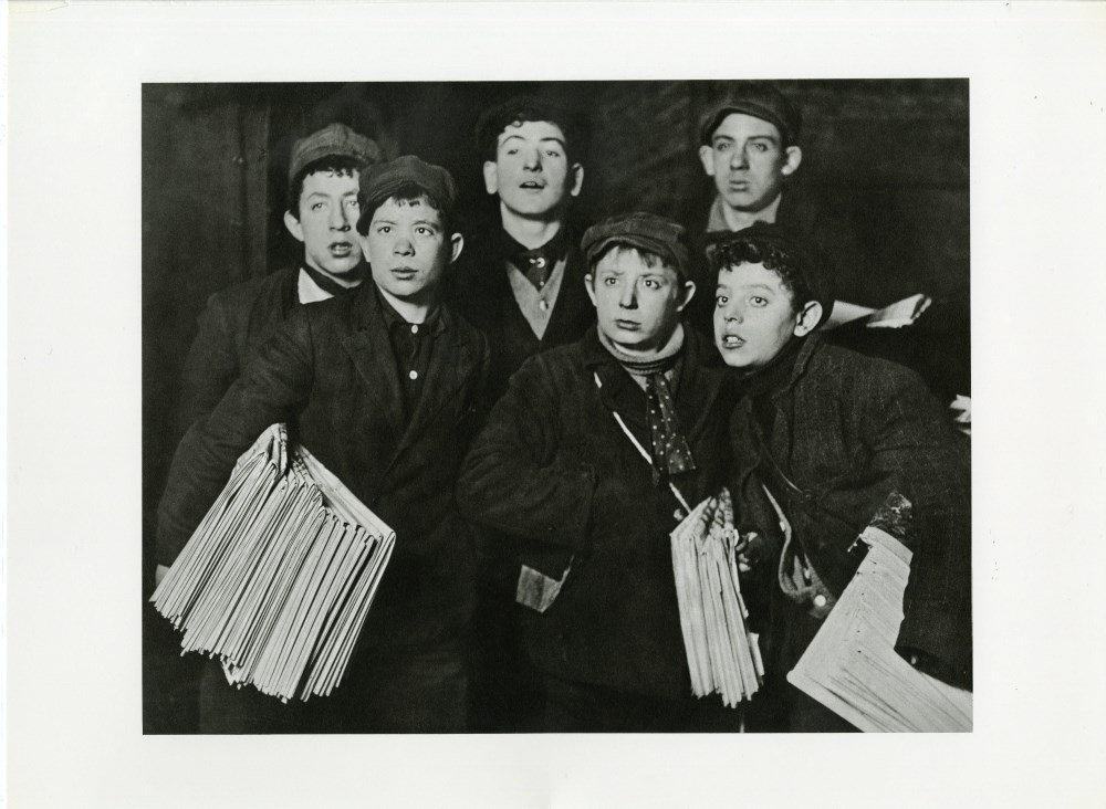 """LEWIS HINE - Group of """"Newsies"""" at the Brooklyn Bridge Starting Out at 1:00am in a Blizzard on a ..."""