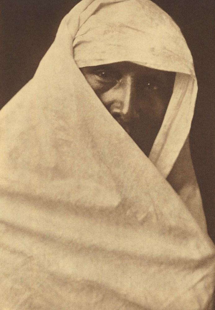 EDWARD S. CURTIS - A Favorite Cheyenne Costume - Original photogravure