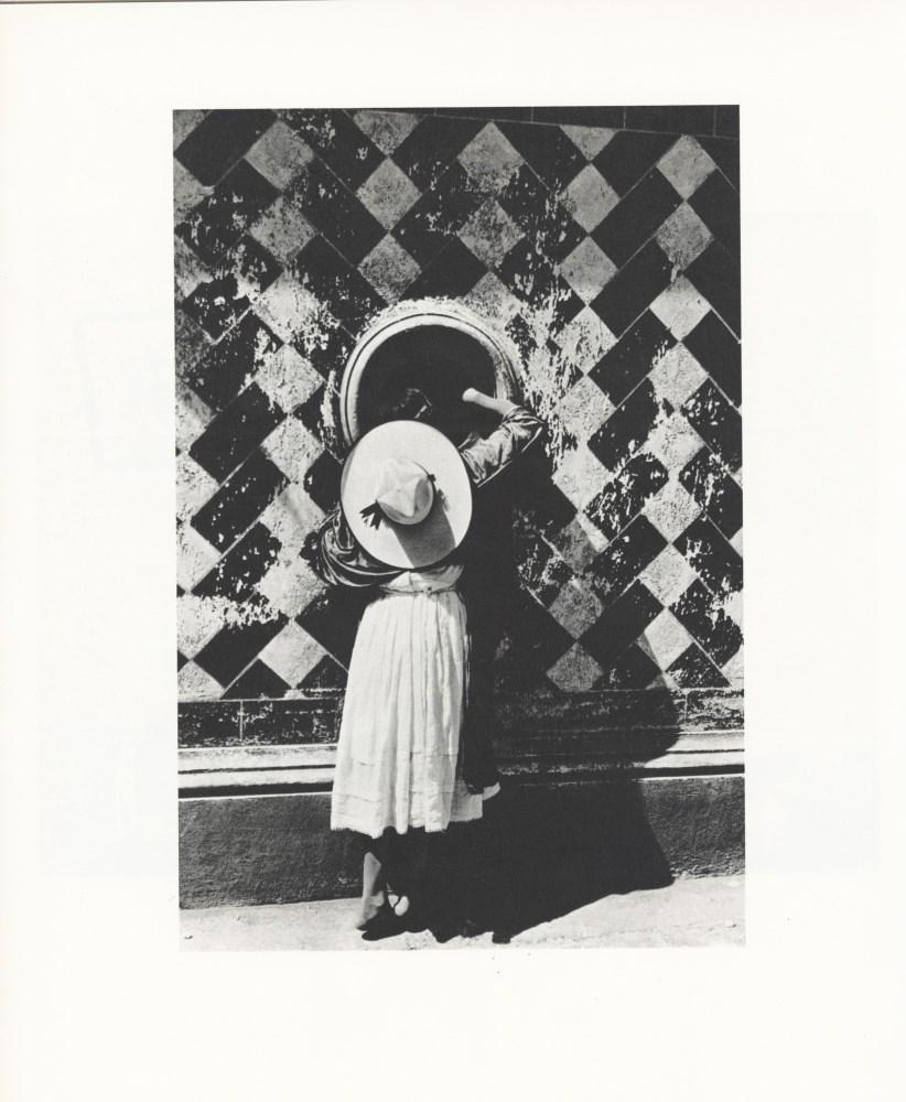 MANUEL ALVAREZ BRAVO - La Hija de los Danzantes - Original photogravure