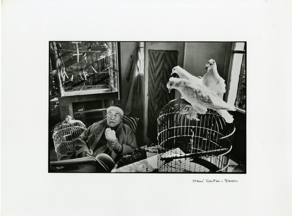 HENRI CARTIER-BRESSON - Henri Matisse with Birds, Vence, France - Original photogravure