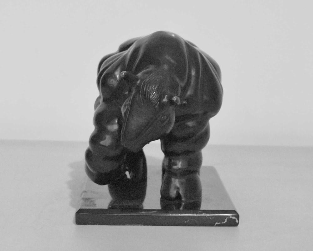 FERNANDO BOTERO [imputee] - Toro - Bronze sculpture with very dark brown patina - Image 4 of 10