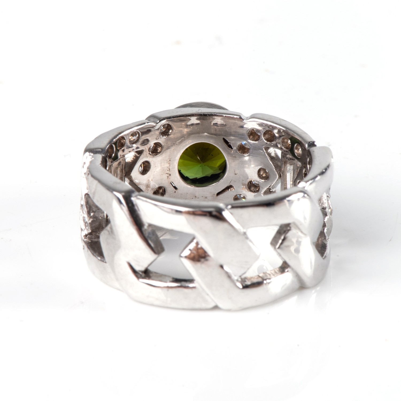 A DIAMOND AND GEMSTONE DRESS RING - Image 3 of 3