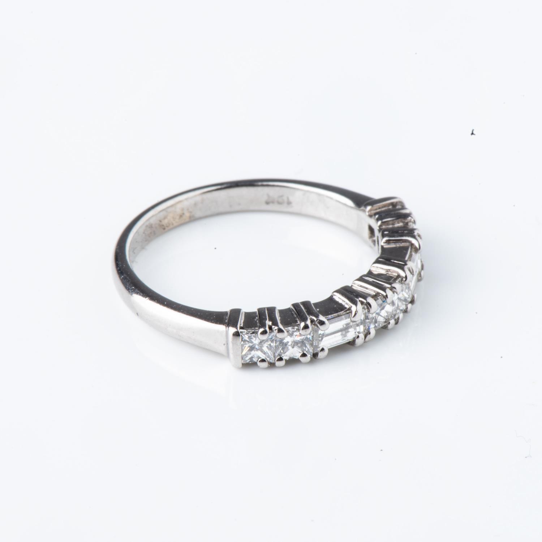 A DIAMOND ETERNITY RING - Image 2 of 2