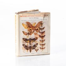 Pinhey, E. C. G. ? MOTHS OF SOUTHERN AFRICA: DESCRIPTIONS AND COLOUR ILLUSTRATIONS OF 1183 SPECIES